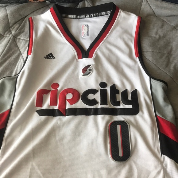new style 21ab0 7567f Adidas Damian Lillard Rip City Jersey